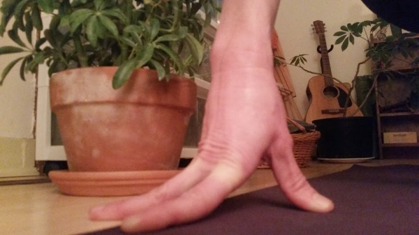 yoga tented fingers